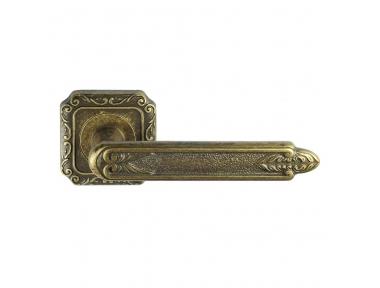 1015-9 Amethyst Class Door Handle on Rose Frosio Bortolo Fantasy Style