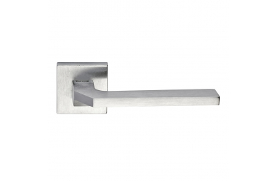 Alice Series Fashion forme Door Handle on Square Rosette Frosio Bortolo Interior Design