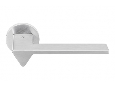 Ama Satin Chrome Door Handle on Rosette by Architectural Firm Andrea Maffei for Colombo Design