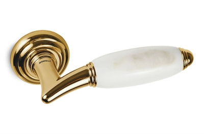Paros Door Handle on Rosette in White Calacatta Carrara Marble and Gold by Mandelli1953