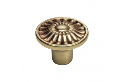 Vintage Cabinet Knob Linea Calì Crystal Daisy PB in French Gold