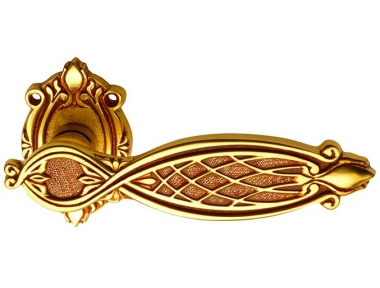 Ramses Classique PFS Pasini Brass Door Handle with Rosette and Escutcheon Plate