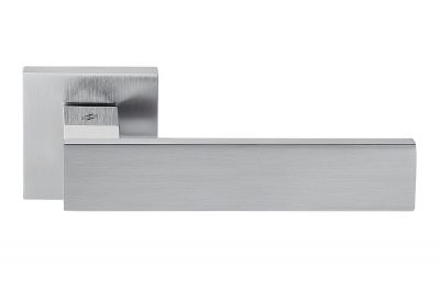 Alba Polished and Satin Chrome Door Handle on Rosette Made in Italy by Colombo Design